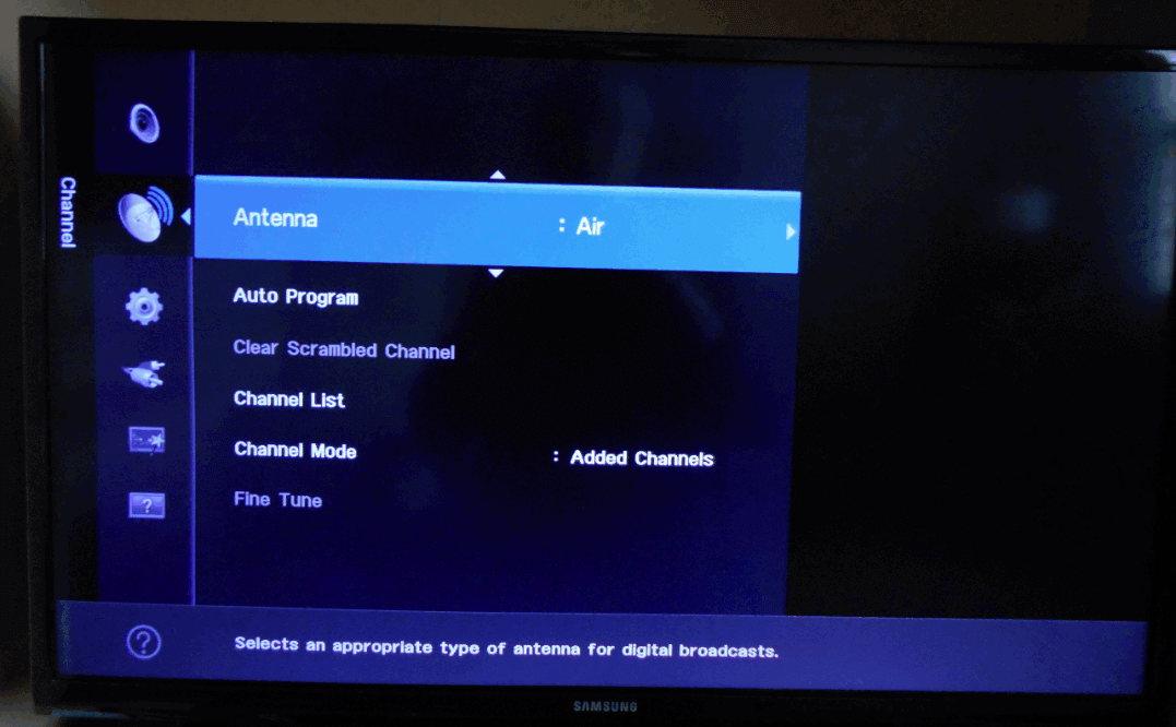 TV screen showing Antenna Air option